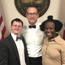 IDEAL students Jason Rogers and Caitlyn Ford meet Sen. Bo Watson.